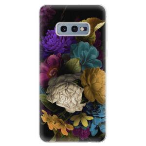 Odolné silikonové pouzdro iSaprio - Dark Flowers - Samsung Galaxy S10e